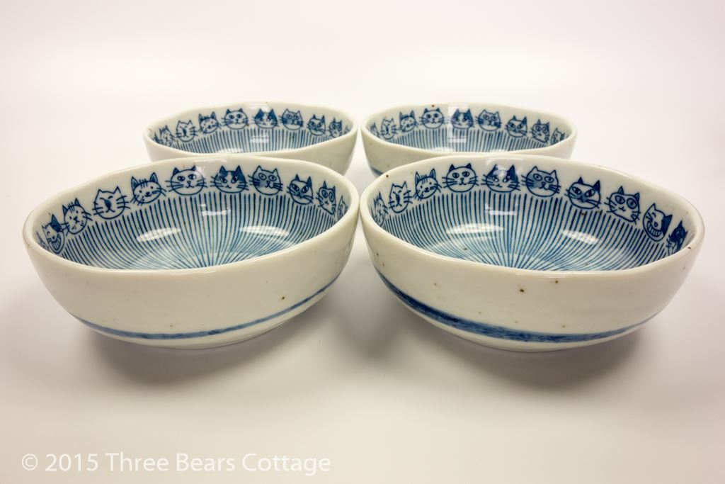 Cat Design Rice Bowls and Plates