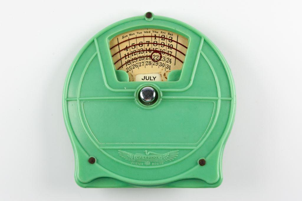 Bakelite Junior Round Calendox Perpetual Calendar