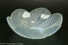 Pierre D'Avesn Art Deco Opalescent Glass Bowl
