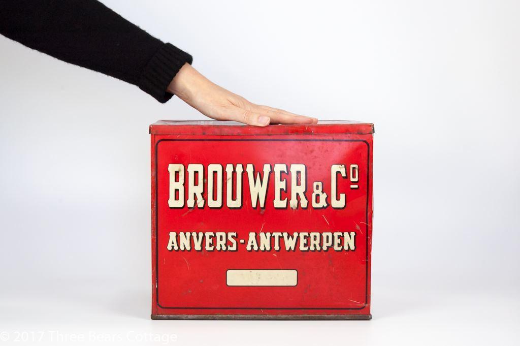 Brouwer & Co 1930s Belgian Tin