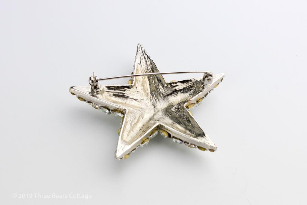 Large Diamante Star Brooch