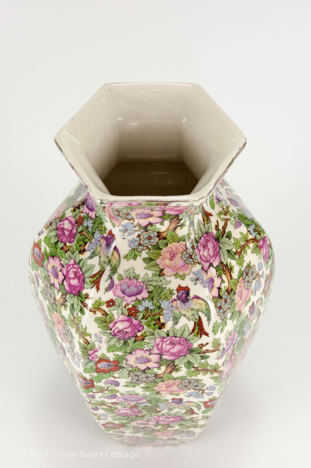 Top view  of large Crown Ducal chintz vase